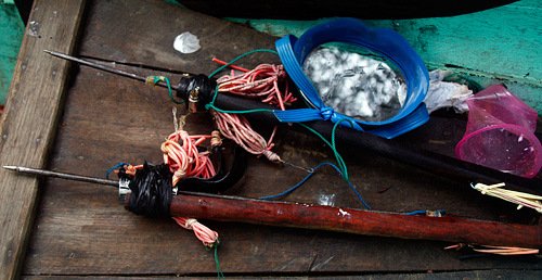 Harpunen zum Fische jagen.