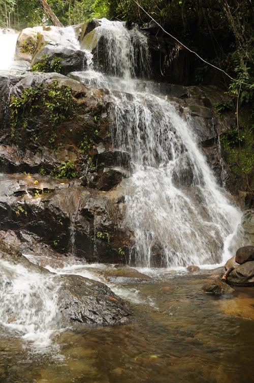 Wasserfall bei Sungai Sedik