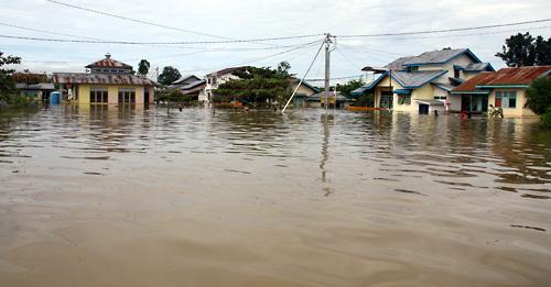 Putussibau stand teilweise meterhoch unter Wasser.